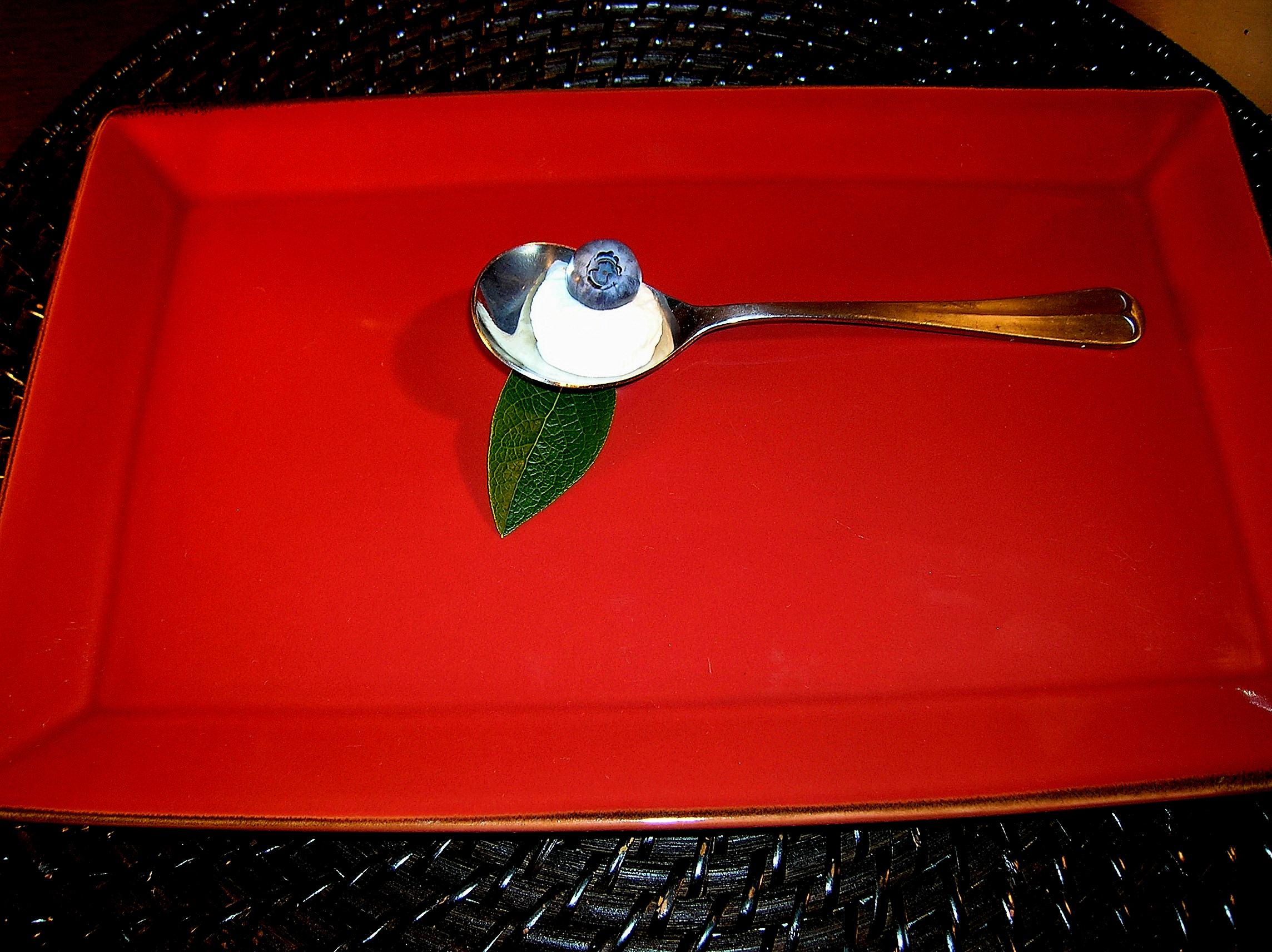 spoon blueberry