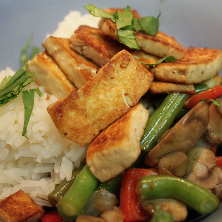 Vegetable Stir-Fry with Golden Tofu