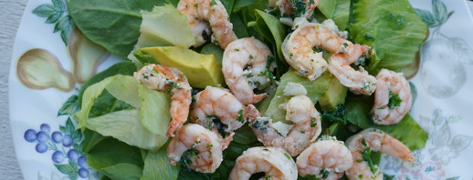 Garlic Shrimp Salad image