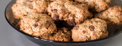 Oatmeal Chocolate Walnut Cookies image